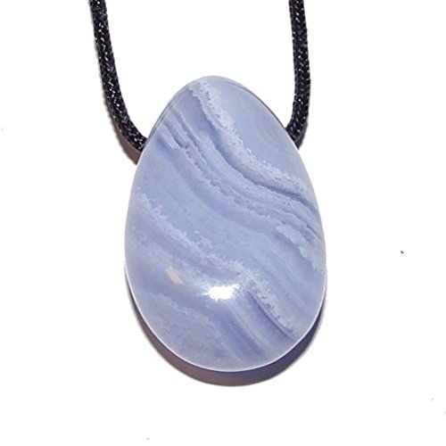 Chalcedon Trommelstein Anhänger Tropfen oval ca. 30 x 20 mm mit Bohrung ca. 2,5 mm Ø schöne hellblau Farbe mit Maserung.(4197)