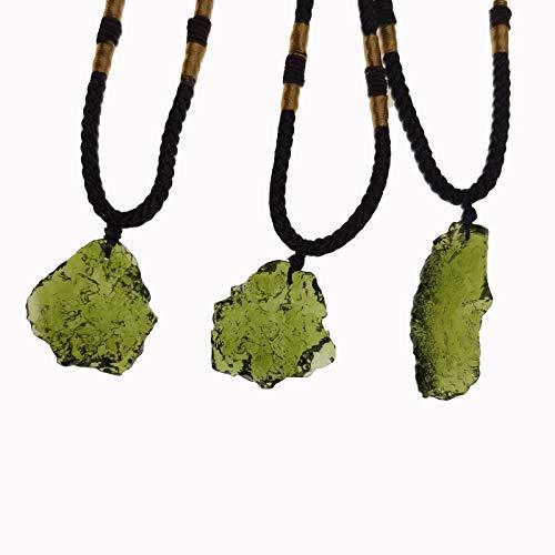 Chagoo Moldavit Kristall Halskette, unregelmäßiger Stein Anhänger Naturkristall Energie Stein (3g)