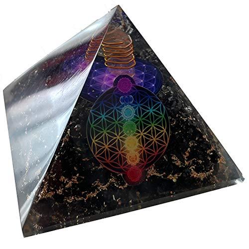 CHONIT Orgonit Pyramide, Chakra-Mix bunt mit Symbol Blume des Lebens, EMF-Schutz gegen Strahlung, klein mit Bergkristall als Deko für zu Hause (Schwarz-Lila)